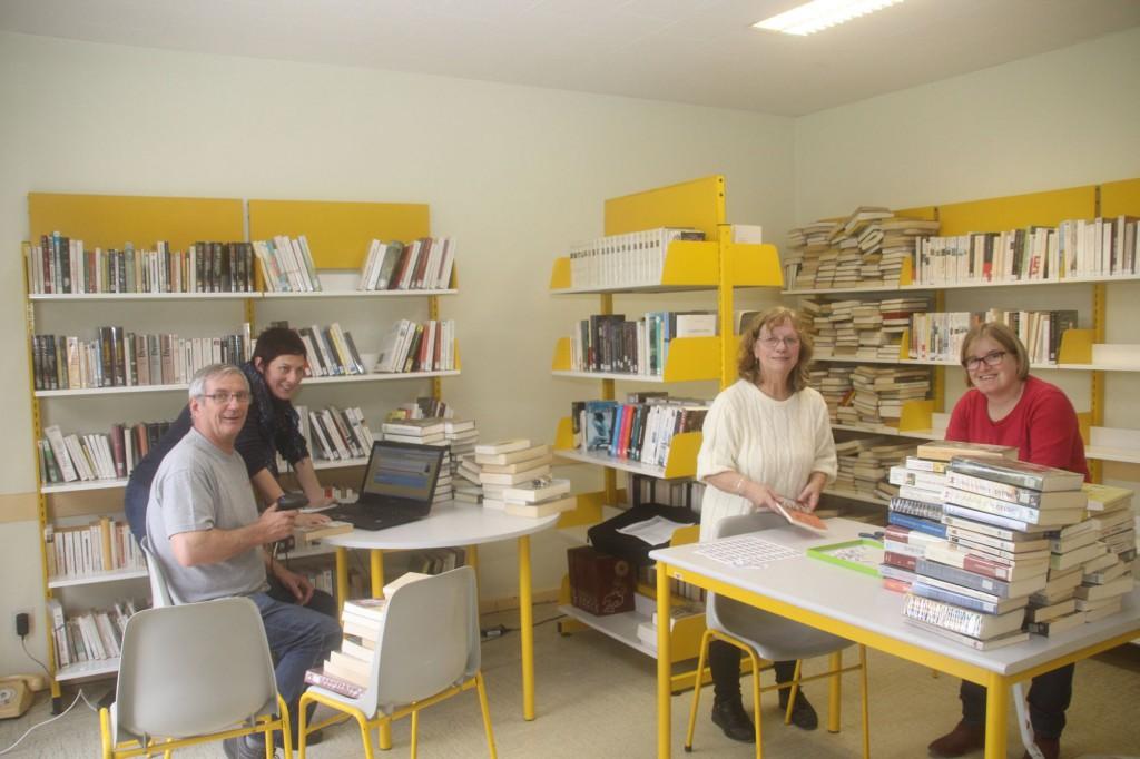 bibliothèque  médiathèque 2 01 16 002